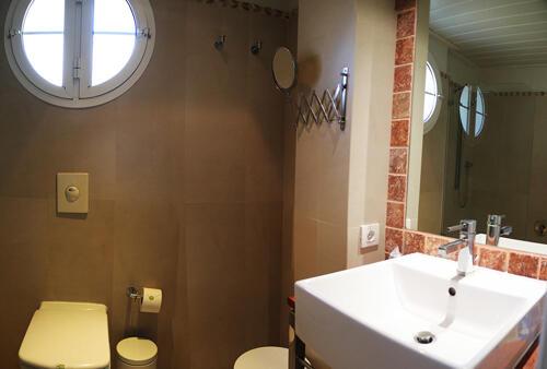 Badezimmer - Hotel Les Rotes