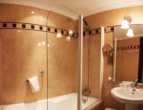 Badezimmer - Hotel Costa Blanca