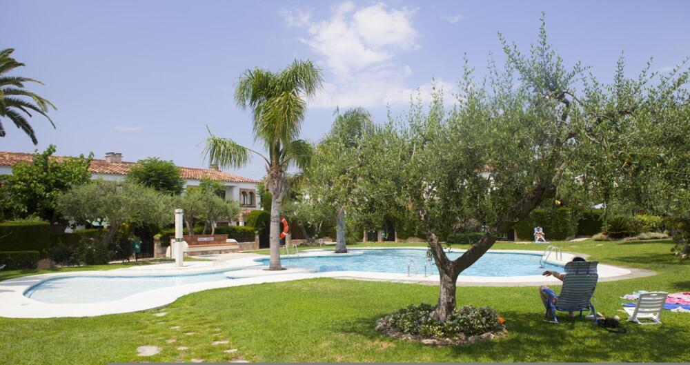 Apartamentos villas villajardin cambrils for Apartamentos villa jardin cambrils