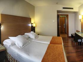 """Room – """"Hotel Blanca de Navarra"""""""