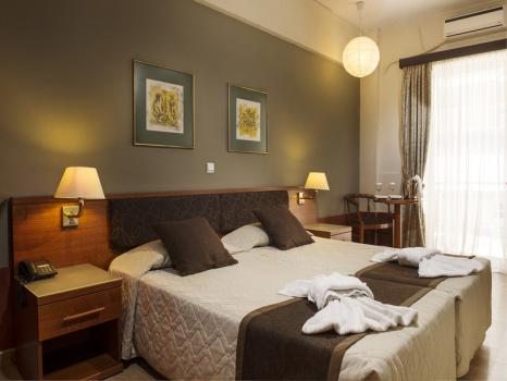 Room – Hotel Acropolis Select