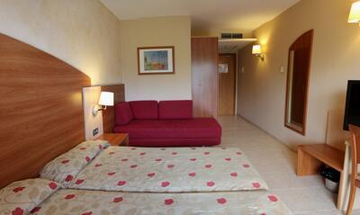 Foto de una habitación de Hotel California Palace