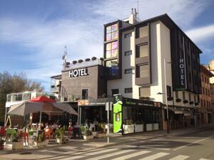 "Foto do exterior - ""Hotel Sánchez"""