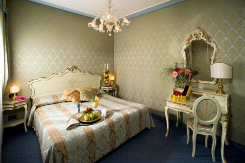 Zimmer - Hotel Carlton On The Grand Canal