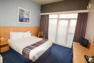 Zimmer - Travelodge Dublin Airport South Hotel