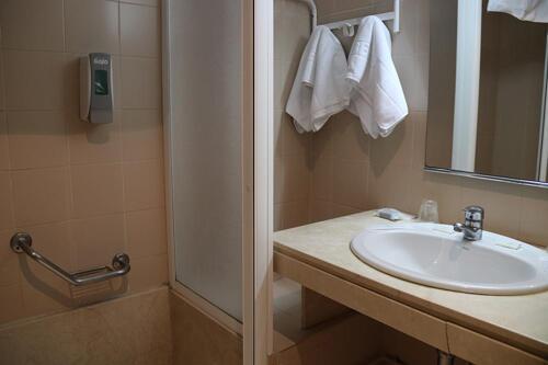 Foto del baño de Hotel San Cristóbal