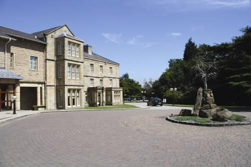 Exterior – Weetwood Hall Hotel
