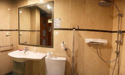 Foto del bagno Hotel Paris Centro