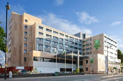 Foto del exterior de Holiday Inn Cardiff City