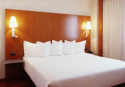 Foto de una habitación de B&B Hotel Granada Estación