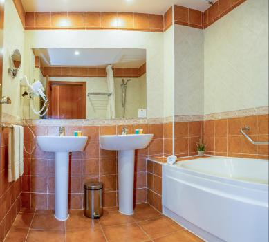 Bathroom – Hotel Spa Marbella Hills