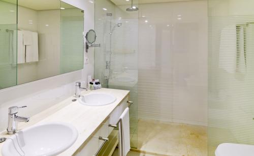 Badezimmer - H10 Andalucía Plaza - Adults only