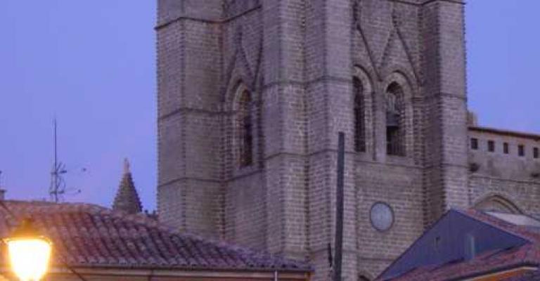 Foto von Kastilien und Leon: Avila Catedral