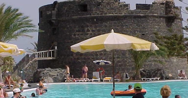 Foto : Caleta de Fuste y el castillo