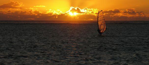 Fotografía de Isola di Tenerife: Windsurfing en El Medano