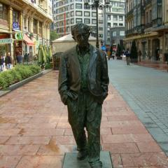 Estatua de Woody Allen