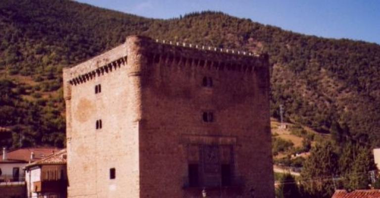 Fotografía de Potes: Torre del Infantado