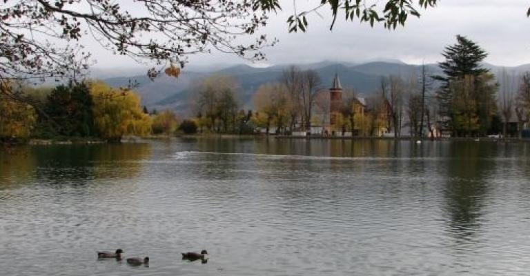 Fotografía de Puigcerdà: El Lago en el Parque Schierbeck