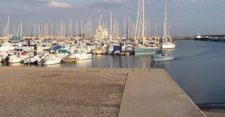 Fotografía de Rota: Vista parcial del puerto