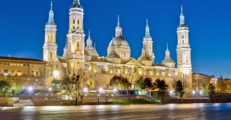 Fotografía de Zaragoza: El Pilar desde el Ebro