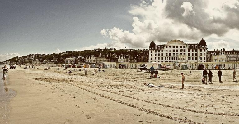 Picture Lower Normandy: Trouville Deauville