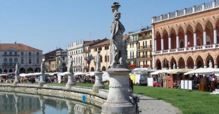 Foto Padova: Padova - Prato della Valle