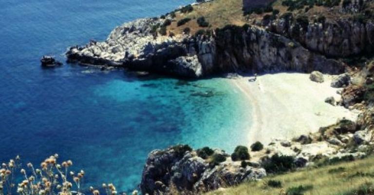 Foto San Vito Lo Capo: Playa de San Vito lo Capo y la reserva natural lo