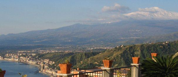 Fotografía de : Taormina y volcán Etna
