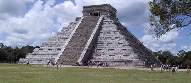 Fotografía de Chichen Itza: Piramide en Chichen Itza
