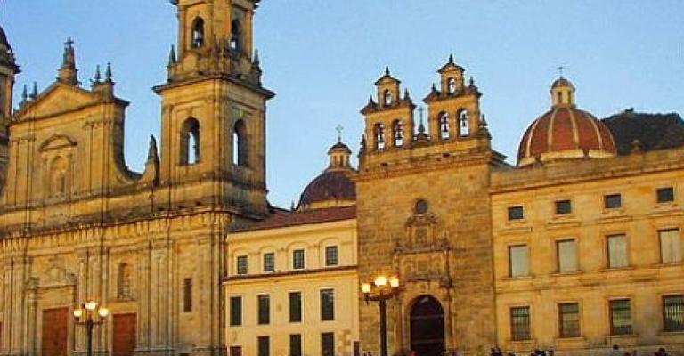 Fotografía de Bogota D C: Catedral la Primada en la Plaza Bolivar