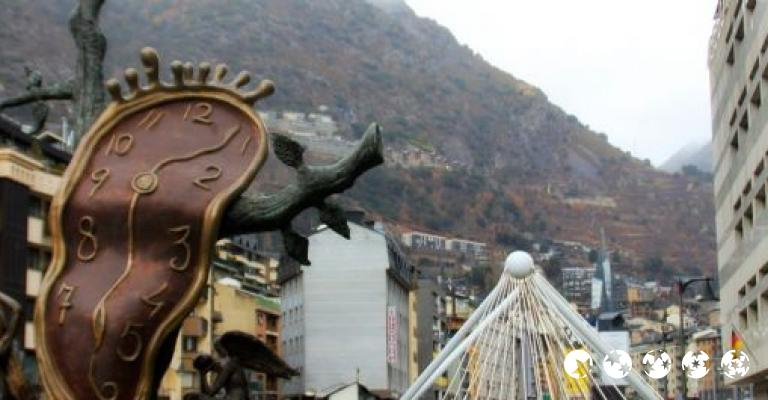 Photo Andorre-la-Vieille: El reloj de Dalí