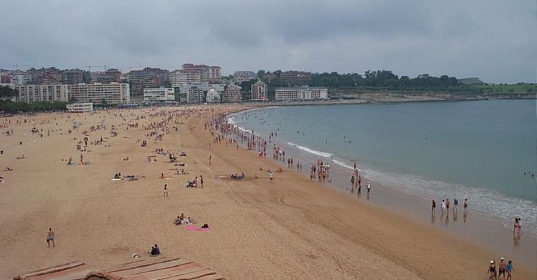 Photo : Playa El Sardinero, en Santander